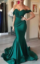 Off-the-shoulder Satin Sleeveless Floor-length Sweep Train Prom Dress with Ruching
