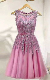 Sleeveless A-line Knee-length Bateau Appliques Pleats Sash Ribbon Lace Tulle Homecoming Dress