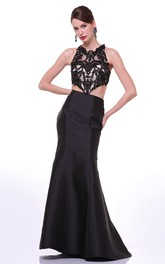 Column Appliqued Long Jewel-Neck Satin Sleeveless Dress
