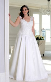V-neck Sleeveless Satin plus size wedding dress With Appliques And Corset Back