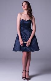 Short A-Line Sleeveless Sweetheart Appliqued Satin Prom Dress