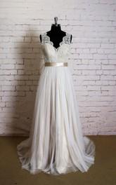 Wedding Champagne Lining Sleeveless V-Neckline Gown
