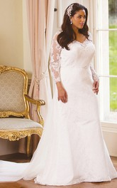 V-neck Long Sleeve Lace Appliqued plus size wedding dress With Tulle Sweep Train