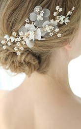 A Pair of Golden Handmade Crystal Hair Combs