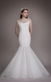Luxuries Mermaid/Trumpet Illusion Back Wedding Dress