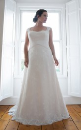 Queen-Anne Lace Long Column Sweep-Train Sleeveless Dress