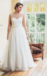 Scoop-Neckline Tulle Long A-Line Sweep-Train Sleeveless Dress
