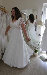 V-Neck Short Sleeve Lace Chiffon Plus Size Wedding Dress
