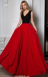 A-line V-neck Sleeveless Jersey Dress With Lace
