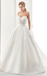 Sweetheart A-line Ball Gown With Lace And Bow
