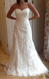 Sweetheart Lace  Sleeveless Wedding Gown
