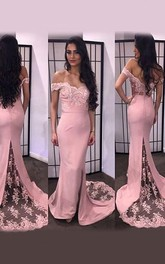 Mermaid Off-the-Shoulder Sleeveless Lace Satin Sweep Train Dresses