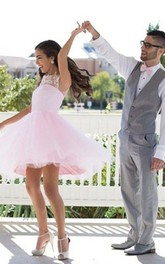 Sleeveless A-line Knee-length Jewel Appliques Pleats Lace Tulle Homecoming Dress