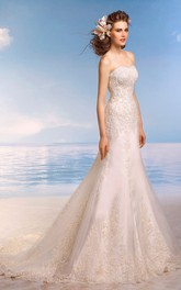 Sleeveless Appliqued Floor-Length Trumpet Lace Gown