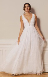 Sexy Plunging Neckline A Line Lace Tulle Floor-length Deep-V Back Wedding Dress