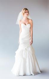 Simple Short Mesh Wedding Veil with Hair Comb