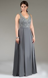 Plunged Sleeveless Floor-length Dress With Keyhole