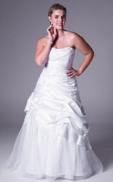 Strapless Pick-up Satin A-line plus size Dress With Appliques And Court Train