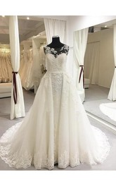 Romantic Garden A-Line Lace Sleeveless Scoop-Neck Wedding Dress With Appliques