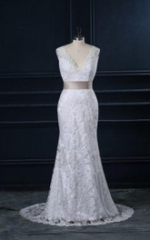 Plunged Sleeveless Mermaid Lace Wedding Dress With bow And Sweep Train