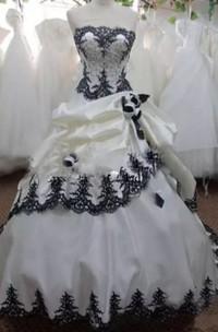 Strapless Ball Gown Sleeveless Taffeta Floor-length Court Train Wedding Dress with Corset Back