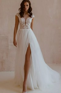 Sexy Short Sleeve A Line Lace Tulle V-neck Wedding Dress with Split Front
