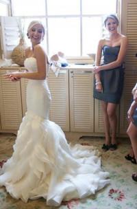 Sweetheart Organza Tulle  Sleeveless Wedding Gown