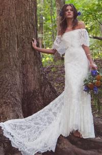 Scalloped Floor-Length Train Off-Shoulder Boho Bridal Dress