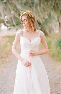 Sweetheart Chiffon Cap Short Sleeve Wedding Dress