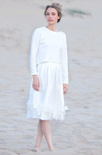 Scoop-Neck Long Sleeve Knee-Length Dress With Appliques