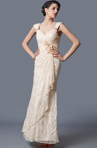 Form-Fitted Floral Cap-Sleeve Exquisite Gown