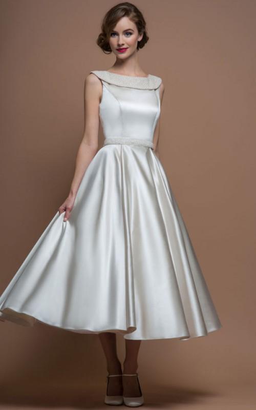 Bateau Sleeveless Satin Tea-length A-line Dress With jewels