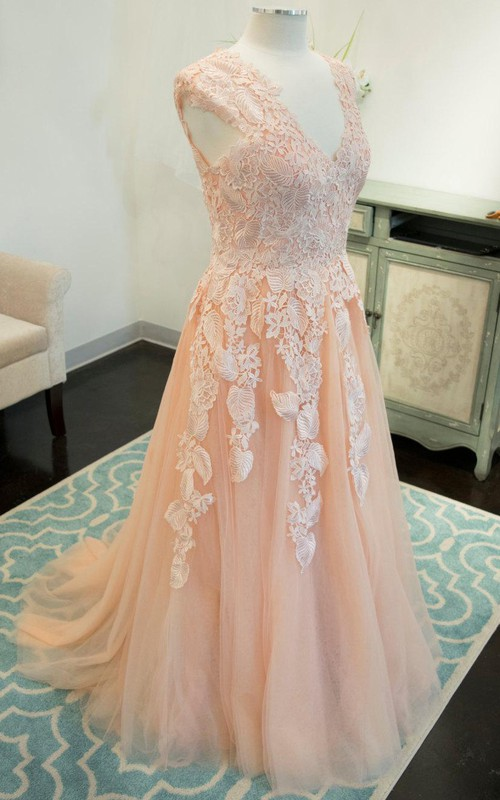 Plunged Sleeveless A-line Tulle Dress With Appliques