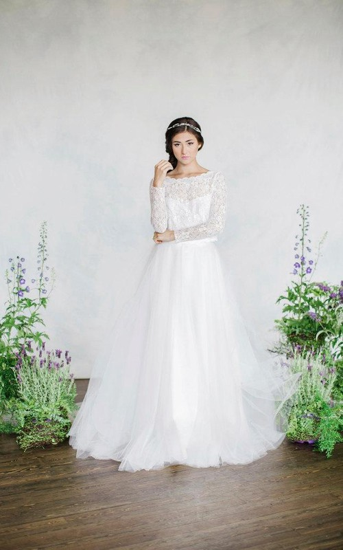 Bateau Lace Long Sleeve A-line Wedding Dress With Tulle skirt