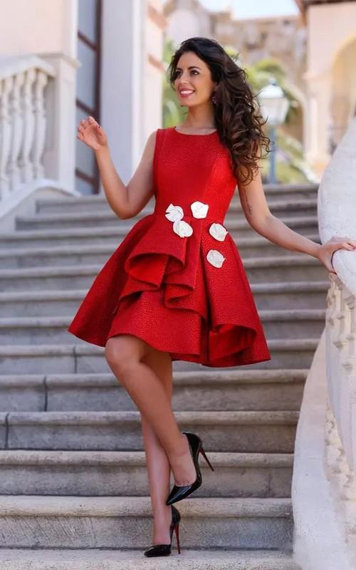Sleeveless A-line Knee-length Bateau Flower Ruffles Satin Homecoming Dress
