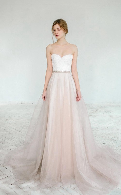 Sweetheart Tulle A-line Floor-length Dress With Appliques And Jeweled Waist