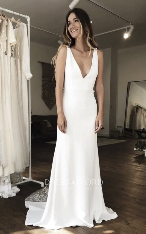 Simple Plunging Stain Sleeveless Gown With Illusion Deep V-back And Lace