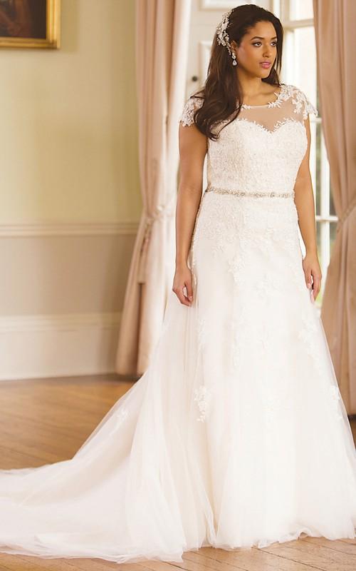 Scoop-neck A-line Cap-sleeve Appliqued plus size Wedding Dress With Low-V Back