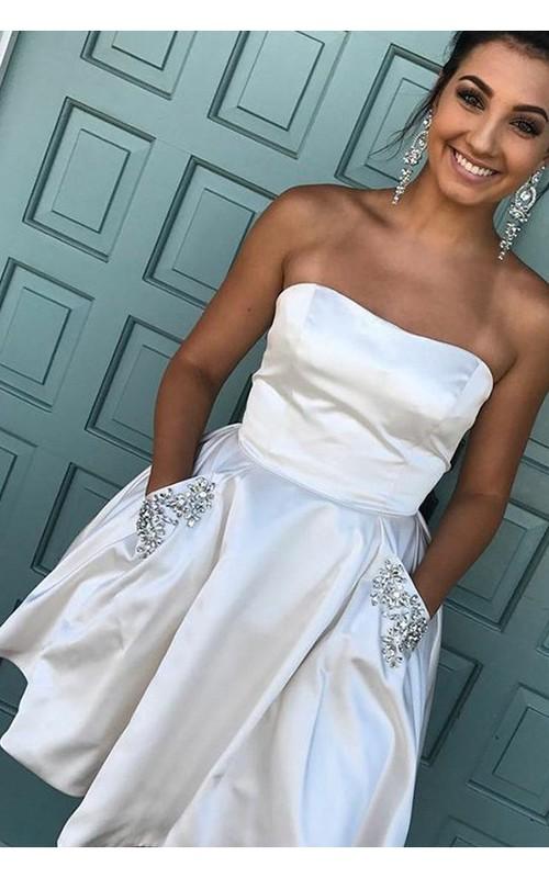 Sleeveless A-line Short Mini Strapless Beading Pockets Ruching Taffeta Homecoming Dress