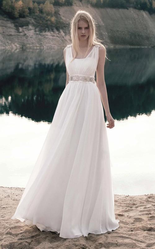 flowy Sleeveless A-line Floor-length Dress With Jeweled Waist And back bow