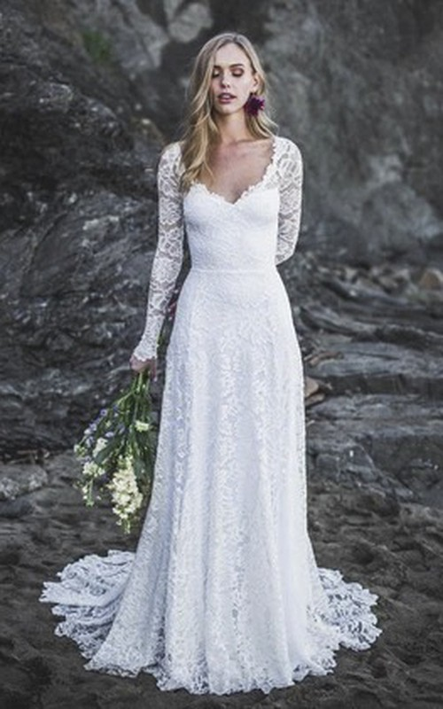 Sexy A-line Long Sleeve Lace Wedding Dress With V-neck And Keyhole