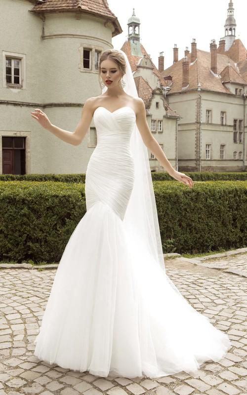 Sleeveless Ruched Fishtail Sweetheart Floor-Length Dress