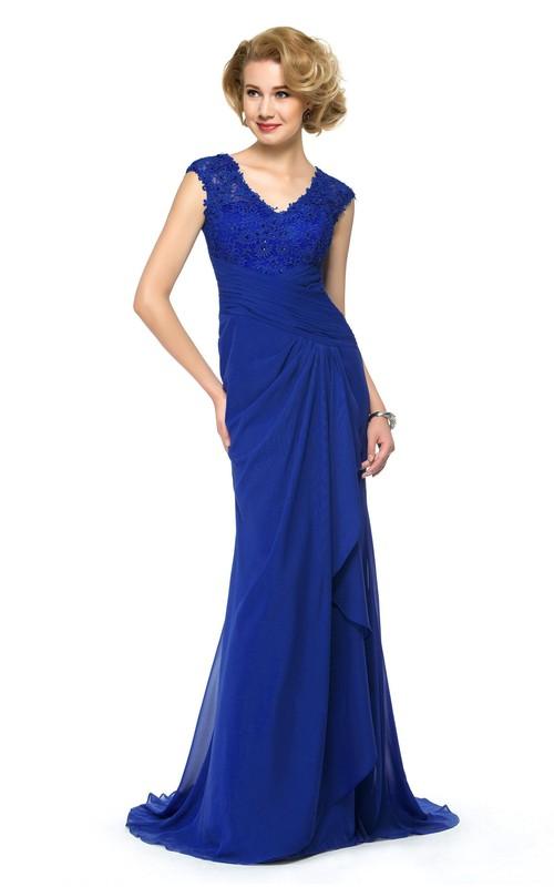 Elegant Chiffon and Lace Sheath V-Neck Keyhole Dress