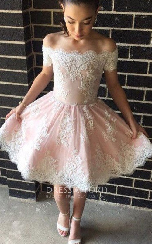 Sleeveless A-line Knee-length Off-the-shoulder Appliques Ruching Lace Homecoming Dress