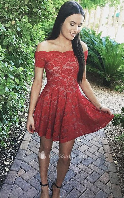 Sleeveless A-line Short Mini Off-the-shoulder Pleats Lace Homecoming Dress