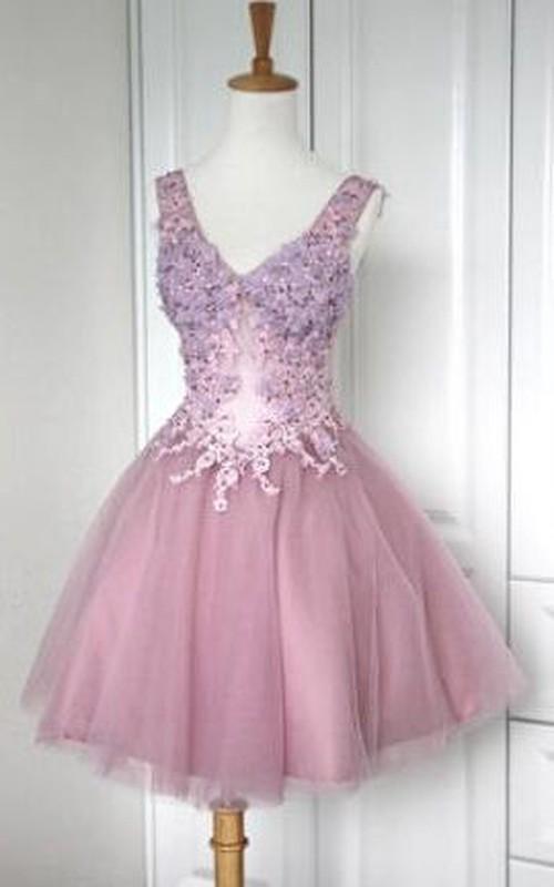 Appliqued Tulle V-Neckline Short Lace Corset-Back Dress