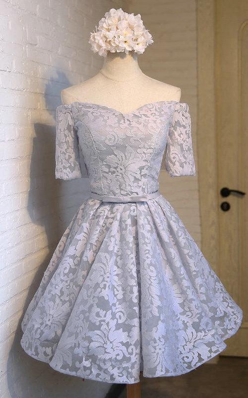 Sweetheart-Neck Half-Off-The-Shoulder Elegant Dress