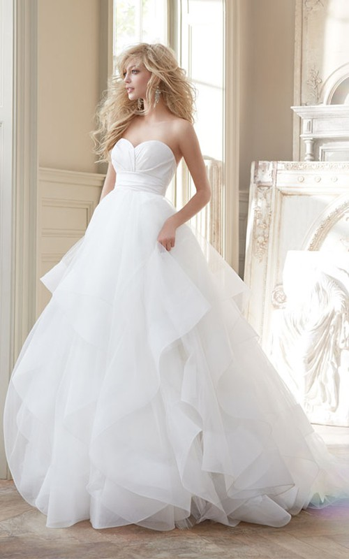 Princess Ruched Waist Sweetheart-Neck Gorgeous Ball Gown