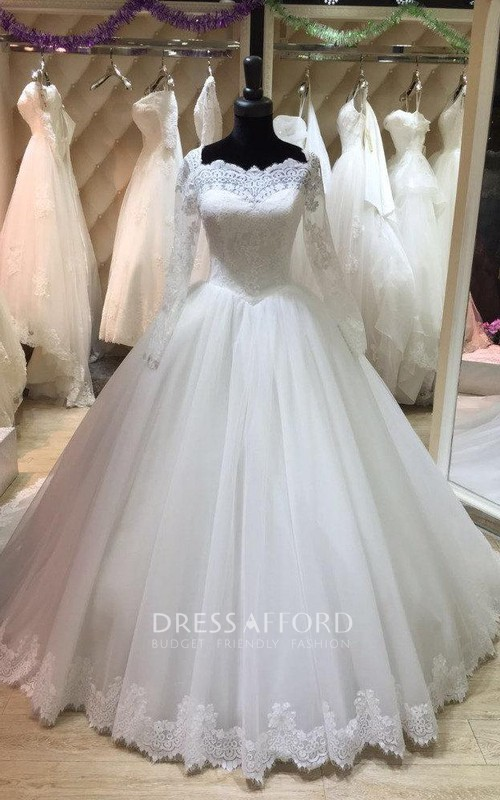 Tulle Lace Hemline Long Bateau-Neckline Ball Gown