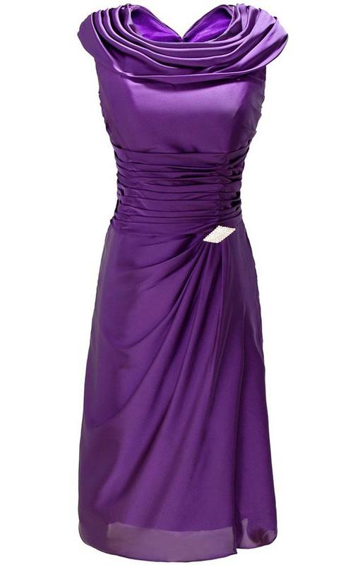 Ruffled Brooch A-Line Sleeveless Dress